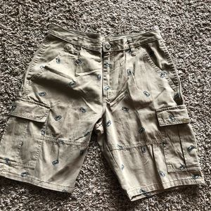 CARGO WRANGLER MENS SHORTS WITH CANS